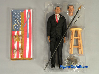 Obama action figure packing 2