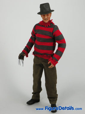 Sideshow Freddy Krueger action figure Overview 2